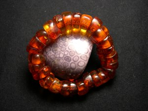 The Antique Amber Bracelet - 千年琥珀手珠