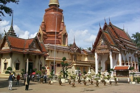 wat chang hai temple 8511872