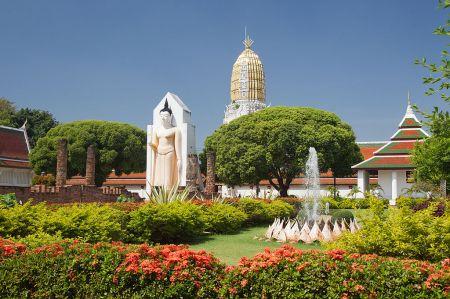 Wat_Phra_Si_Rattana_Mahathat_-_Phitsanulok